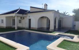 Coastal property for sale in Cabo Roig. Villa – Cabo Roig, Valencia, Spain