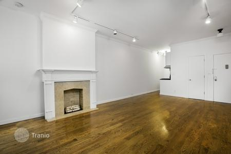 Condos for rent in Manhattan. East 70th Street