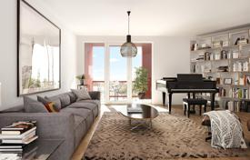 5 bedroom apartments for sale in Germany. Two-level penthouse with 5 bedrooms and a roof terrace in the new building, district Schöneberg, Berlin