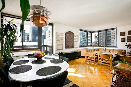 Apartments to rent in Midtown Manhattan. First time in almost 20 years. Corner unit with Balcony and multiple exposure
