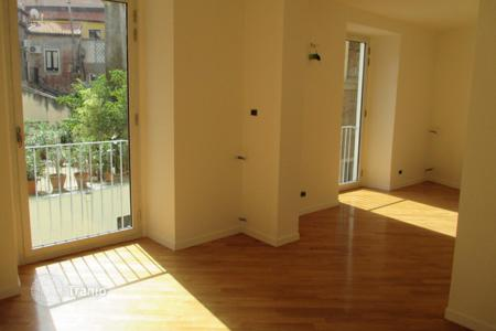 Residential for sale in Catania. 2 bedroom apartment in a historic building in Catania, Sicily
