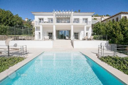 Houses with pools for sale in Son Vida. Villa – Son Vida, Balearic Islands, Spain