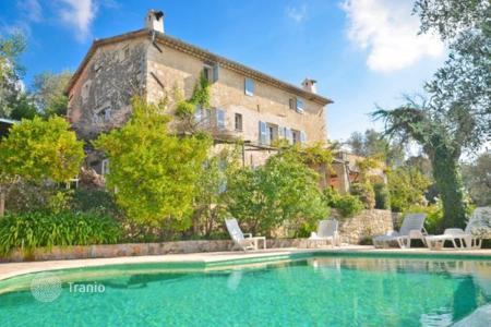 Property for sale in Le Rouret. Villa - Le Rouret, Côte d'Azur (French Riviera), France