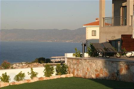 Houses with pools for sale in Neo Chorio. Four Bedroom Detached Villas