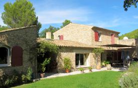 3 bedroom houses for sale in France. Close to Lourmarin — Charming Mas