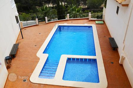 2 bedroom houses for sale in Valencia. Orihuela Costa, Dehesa de Campoamor, Duplex-penthouse of 141 m²