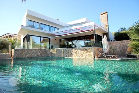 Luxury houses for sale in Calvia. Detached house – Calvia, Balearic Islands, Spain