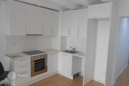 Apartments for sale in Ciutat Vella. Flats for sale in Barcelona, RAVAL neighbourhood! ALL RENOVATED BUILDING. Surrounded by services, close to Las Ramblas and Plaça Catalunya