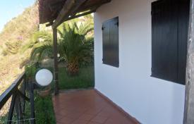 2 bedroom houses for sale in Calabria. Beautiful villa with a garden, a parking and sea views, Parghelia, Calabria, Italy