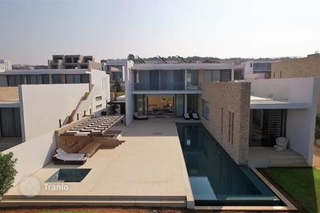 Luxury residential for sale in Paphos. Luxury Bedroom Villa, Exclusive Location — St Georges Bay