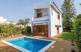 Houses for sale in Faro. Newly Renovated 3 Bedroom Villa in Vilamoura
