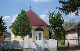 Residential for sale in Hungary. Three-level house with a garage and a garden near the center of Hévíz, Hungary
