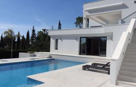 Luxury 3 bedroom houses for sale in Andalusia. Contemporary villa with sea views in a gated community