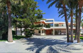 Luxury houses for sale in Valencia. Villa – Alicante, Valencia, Spain