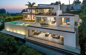 5 bedroom houses for sale in North America. Villa – Beverly Hills, California, USA