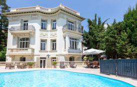 Villas and houses for rent with swimming pools in Villefranche-sur-Mer. Villefranche-sur-Mer — Belle Epoque property