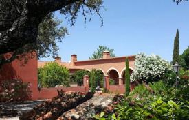 Agricultural farm with a garden, a pool, a garage and a terrace, Cáceres, Spain for 3,195,000 €