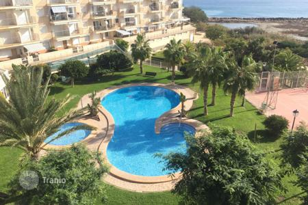 Cheap apartments with pools for sale in El Campello. Apartment – El Campello, Valencia, Spain