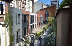5 bedroom houses for sale in Ile-de-France. Paris 17th District – A brand-new 140 m² Town House