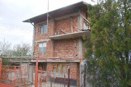 6 bedroom houses for sale in Bulgaria. Detached house - Pernik, Bulgaria