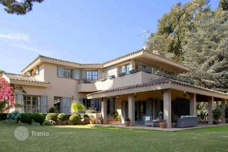 Luxury 5 bedroom houses for sale in Catalonia. Exclusive country house, Sant Andreu de Llavaneres, Barcelona