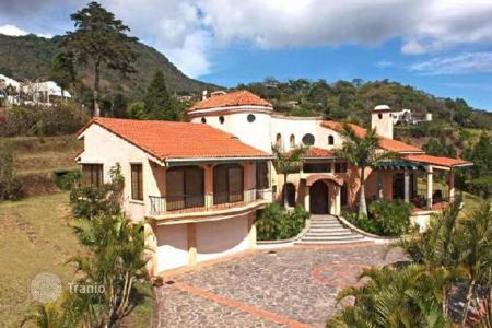 Houses for sale in Costa Rica. Superb Escazu view estate