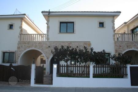 Houses with pools for sale in Avgorou. Detached 3 Bedroom House in Avgorou