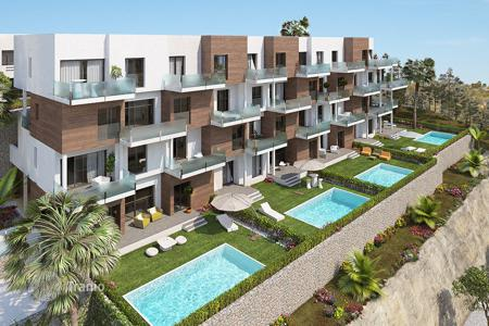 2 bedroom apartments for sale in Alicante. Ground floor apartments with private pool in Las Ramblas Golf