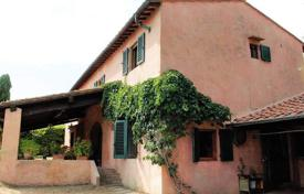 Luxury houses for sale in Florence. Traditional two-storey villa in Florence, Tuscany, Italy