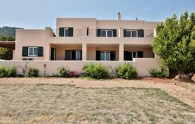 Residential to rent in Es Cubells. Cozy furnished villa with panoramic sea views, a garden, a swimming pool, a parking and an outdoor seating area, Es Cubells, Spain