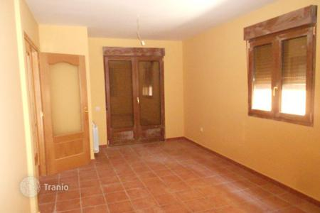 Cheap 4 bedroom houses for sale in Castille and Leon. Villa – San Martín del Pimpollar, Castille and Leon, Spain