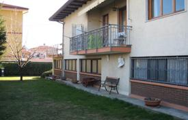 2 bedroom houses for sale in Piedmont. Spacious cottage with two terraces and a garden, Verbania, Piedmont, Italy