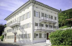 2 bedroom apartments for sale in Bavaria. New two-bedroom apartment with a lake view in an elite house in Tegernsee, Bavaria, Germany