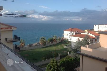 3 bedroom apartments by the sea for sale in Calabria. Apartment – Calabria, Italy