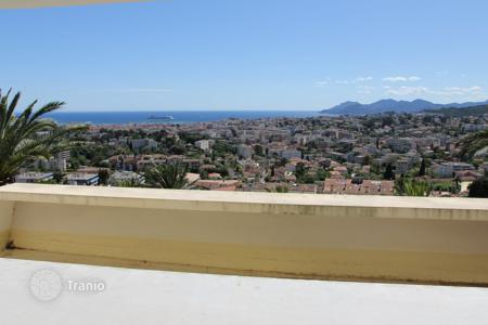 Apartments for sale in Le Cannet. Apartment – Le Cannet, Côte d'Azur (French Riviera), France