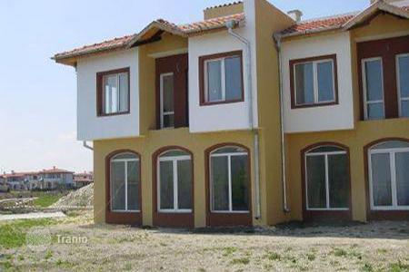 2 bedroom houses for sale in Dobrich Region. Detached house – Topola, Dobrich Region, Bulgaria