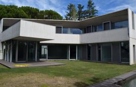 Property for sale in Madrid. New villa with two swimming pools in the district of Aravaca, Madrid, Spain