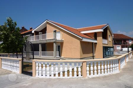 5 bedroom houses by the sea for sale in Montenegro. Townhome – Podgorica (city), Podgorica, Montenegro