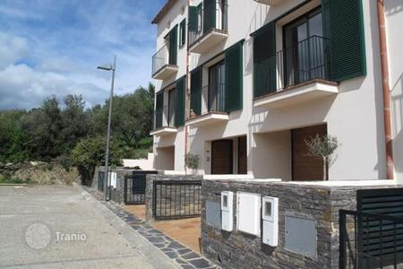 Residential for sale in Cadaqués. Terraced house – Cadaqués, Catalonia, Spain