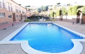 Coastal residential for sale in Costa del Maresme. Terraced house – Calella, Catalonia, Spain