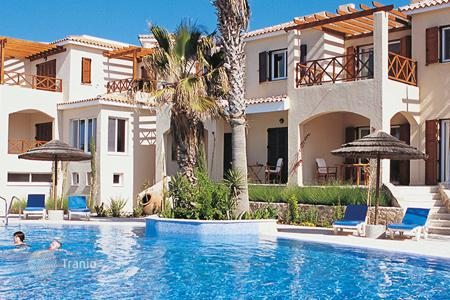 Houses with pools for sale in Tsada. Villa – Tsada, Paphos, Cyprus