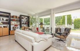 2 bedroom apartments for sale in Bavaria. Two-storey apartment in a quiet city area, Starnberg, Germany