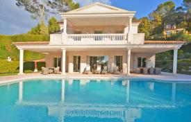 Luxury 4 bedroom houses for sale in Mougins. Villa – Mougins, Côte d'Azur (French Riviera), France