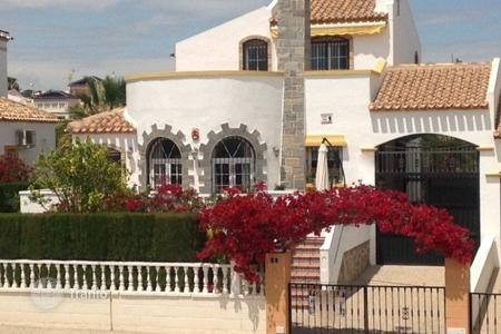 Houses for sale in Los Dolses. Villa of 3 bedrooms in Orihuela Costa