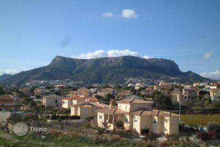 4 bedroom apartments by the sea for sale in Calpe. Bungalow of 4 bedrooms in Calpe