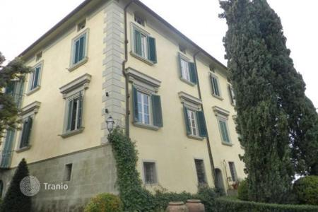 Luxury 5 bedroom houses for sale in Florence. Villa – Florence, Tuscany, Italy