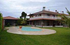 4 bedroom houses by the sea for sale in Greece. Villa – Kassandreia, Administration of Macedonia and Thrace, Greece