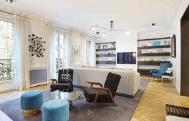 Luxury 3 bedroom apartments for sale in Paris. Paris 16th District – A near 140 m² apartment in perfect condition