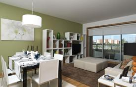 4 bedroom apartments for sale in Lisbon. Stylish apartment with a spacious balcony, in a new residential complex with a lift and a garden, Alt de Lisboa, Portugal