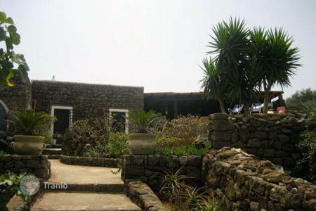 Property for sale in Sicily. Villa – Pantelleria, Sicily, Italy